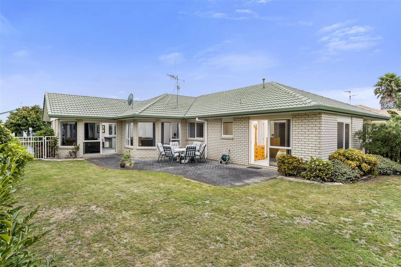 Houses For Sale Papamoa Beach Road