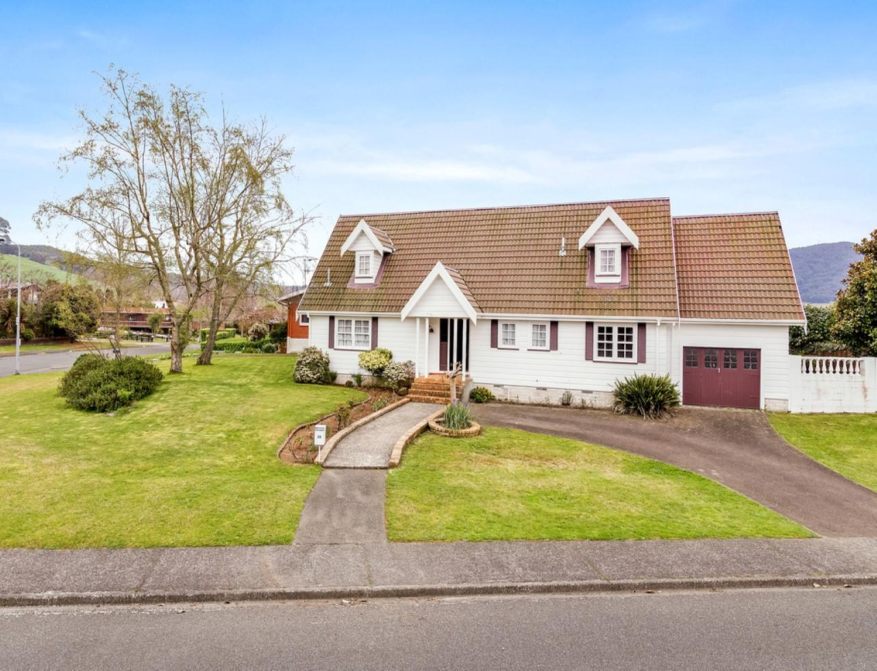 Best Buy Private Auction >> House For Sale in Sunnybrook, Rotorua, Bay Of Plenty | For Bay Of Plenty Real Estate, Choose Eves